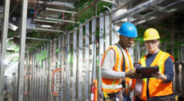 construction contractors mitigate risk